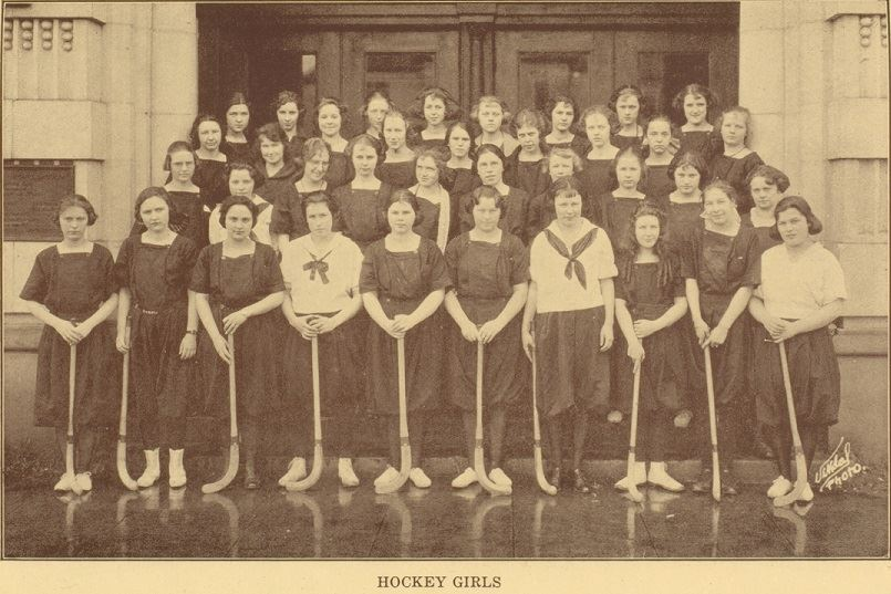 historic photo of girls hockey team